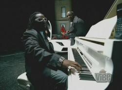 Akon ft. T-Pain - I Can't Wait